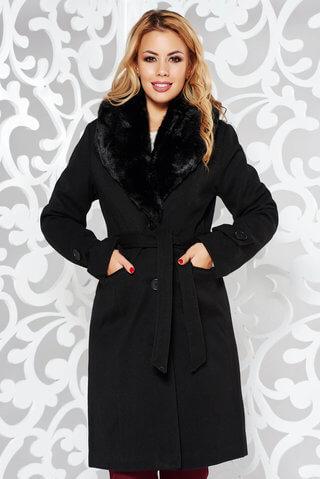 Palton negru elegant cu un croi cambrat din stofa cu guler din blana